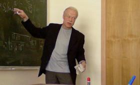 Зафкаф общей физики Александр Максимычев: «Заведующий кафедрой – моя любимая работа!»