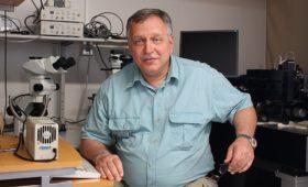 Константин Агладзе останется профессором МФТИ и заведующим лабораторией