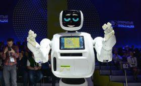 Работа над разработкой ПО для антропоморфного робота