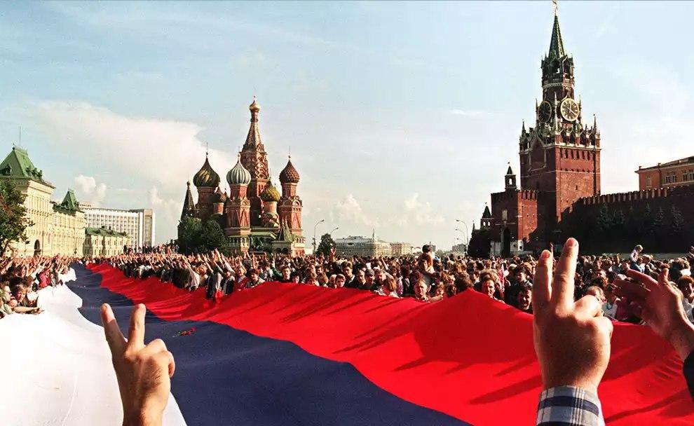 Михаил Поляков. Чем не по вкусу Кремлю призыв миллиардера поднять уровень жизни в России?