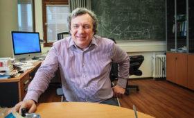 Лекция Вячеслава Муханова на 50-ти летии Кафедры проблем физики и астрофизики ФОПФ